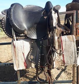 Tack Sale Room - SLR Paints & Quarter Horses